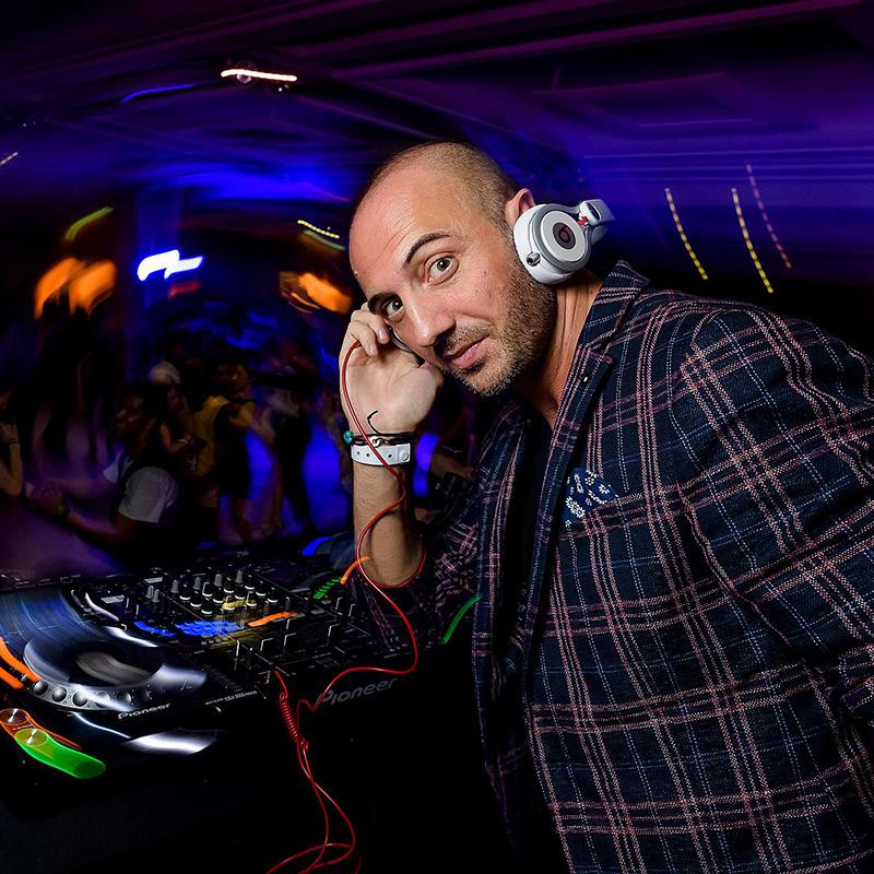 DJ Sergi 800 x 800